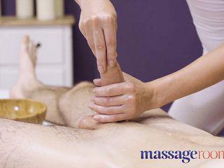 Massage Zimmer Große Titten